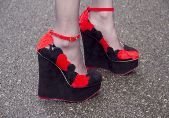 Ella in her lovely Charlotte Olympia wedges.... I heart them!