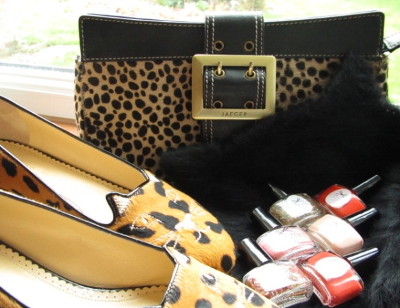 Charlotte Olympia flats, kitty hat, Ciate