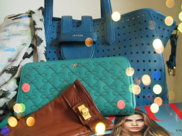Anya Hindmarch wallet with  my new Jaeger Aimee Star bag.